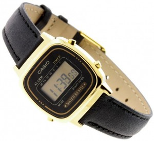 Casio Retro  LA670WEGL-1EF