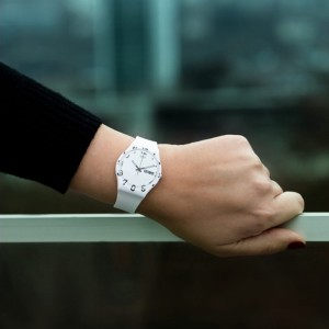 Swatch Over White GW716